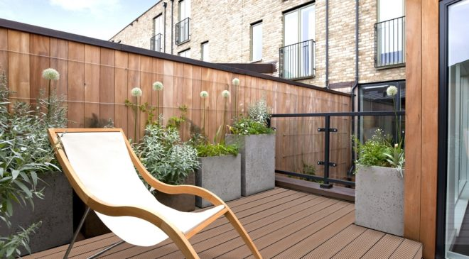 Can't Decide Between Traditional Wood or Composite Timber for Your Deck?